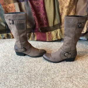 Born Taupe tall buckle harness distressed boot 9.5
